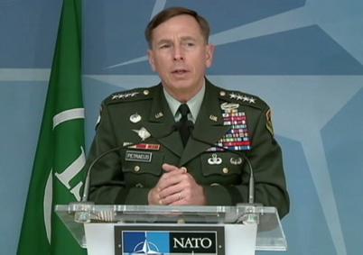 PetraeusNato