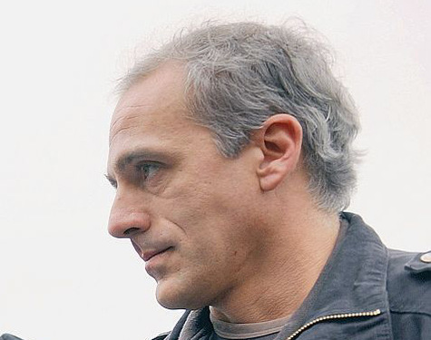 Philippe-Poutou-un-militant-syndical-pour-succeder-a-Olivier-Besancenot_article_main