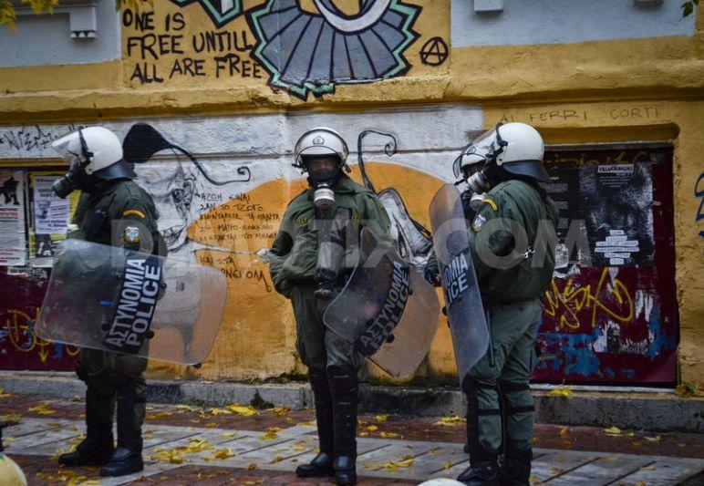 1356206722-antiracist-rally-in-solidarity-to-villa-amalia-squat_1690575
