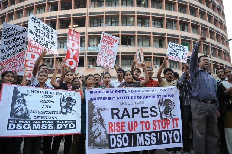 manifestation-contre-le-viol—-ahmedabad–le-19-d–cembre-2012