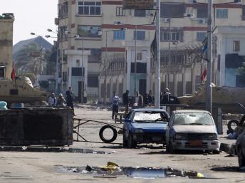 2013-02-02T132212Z_315777699_GM1E9221NAW02_RTRMADP_3_EGYPT-PROTESTS_0