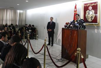 Ali Larayedh, ministre de l'Intérieur sortant, désigné premier ministre, en conférence de presse le 26 février