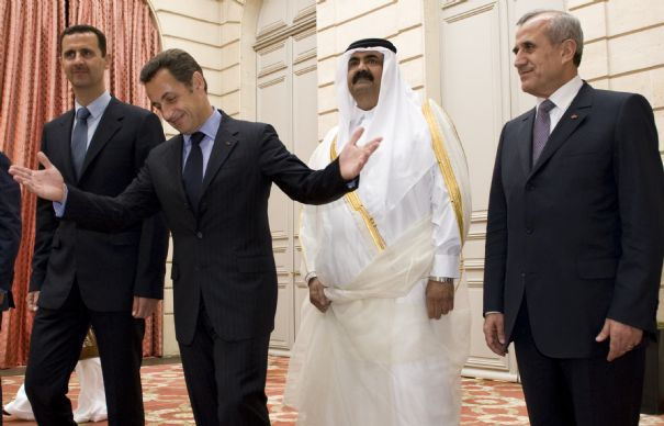 Bachar el-Assad, Sarkozy, l'émir du Qatar et le président du Liban Michel Sleiman, en juillet 2008, à Paris