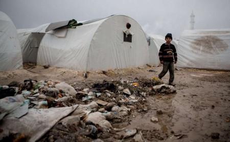 Camp de réfugiés près du village de Azaz, à la frontière syro-turque