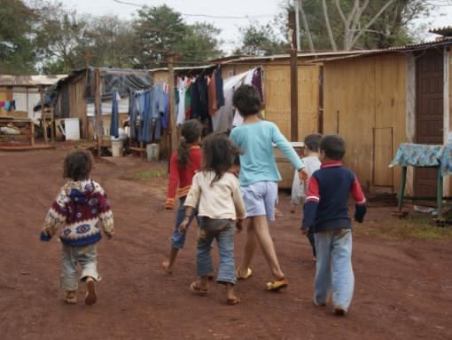 crianc3a7a-fora-da-escola
