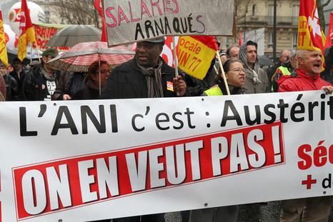 Manifestation contre l'ANI, à Paris, le 9 avril 2013