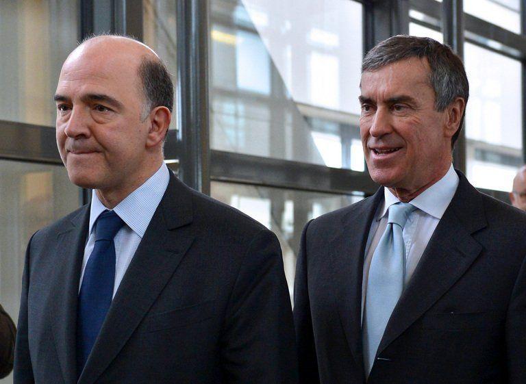 Pierre Moscovici, ministre des Finances, suivi alors par Cahuzac, déclare: «On entre dans une phase où toute parole politique est suspectée» (La Montagne, 7 avril 2013