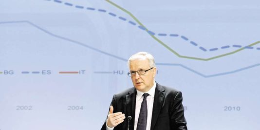 Olli Rehn, il chausse des crampons manchestériens