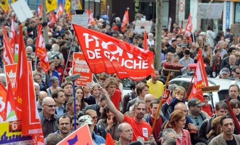 Manifestation-a-l-appel-du-Front-de-gauche-le-5-mai-2013-a-Paris_univers-grande