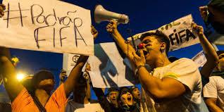 Manifestation à Belo Horizonte lors du match: Brésil-Uruguay le 23 juin 2013