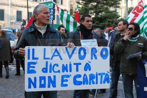 La lutte à Fiat Pomigliano en juin 2010. Le travail est dignité,  et non pas charité