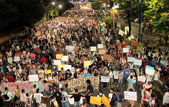 A Bahia, une manifestation est planifiée pour le 27 juin 2013,  suite au discours de Dilma Rouseff