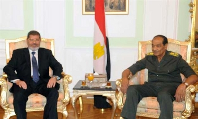 M. Morsi et le maréchal Tantaoui...