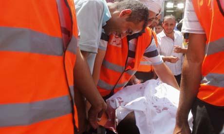 De l'hôpital de campagne vers la morgue, le 27 juillet au Caire