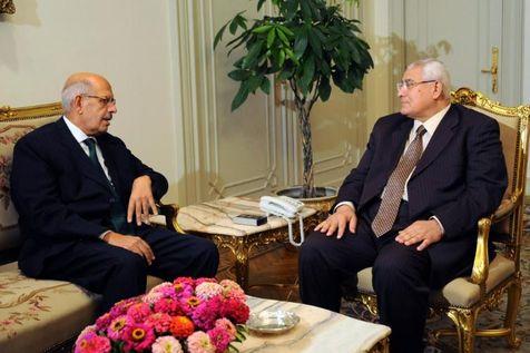 ElBaradei, candidat, et Adly Mansour, président par intérim, le 6 juillet au Caire
