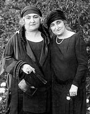 Hoda Sharaoui et Safia Zaghlui