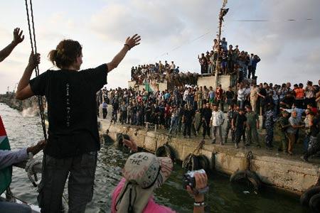 Ewa Jasciewicz partant de Gaza, en novembre 2009, après un séjour