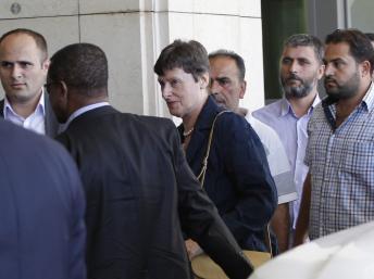 Angela Kane lors de son arrivée à Damas le 24 août 2013