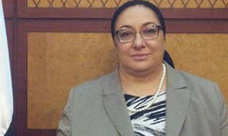 Maha Rabat, ministre de la Santé publique, le 5 août 2013, décrète l'in- terdiction de la grève dans les hôpitaux publics. La médecins et le personnel médical critiquent vivement cette décision.