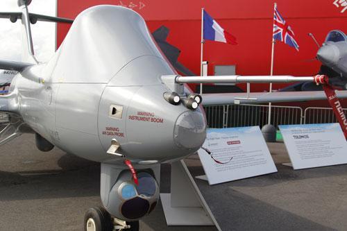 La France va acheter des drones américains. Dassault et EADS inquiets. Les Maliens et d'autres aussi... pour des raisons différentes.