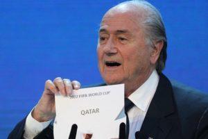 Sepp Blatter....«révélant» que le Qatar a été choisi