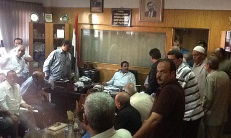 Gebali El-Maraghi de l'ETUF déchu par le ministre du Travail, au milieu de ses supporters