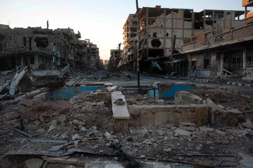 Deir al-Zor... les destructions «normales», pas «chimiques».