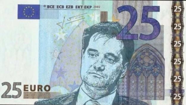 Adonis Georgiadis, ministre de la Santé, «illustre» le forfait de 25 euros