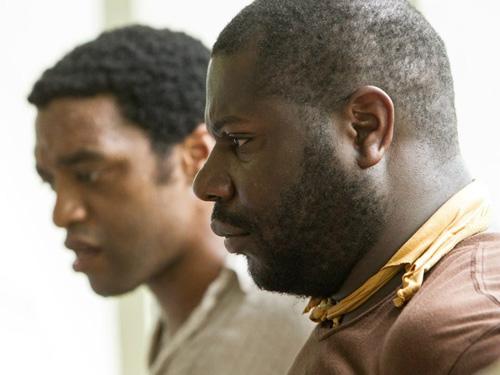 Steve McQueen avec l'acteur Chiwetel Ejiofor