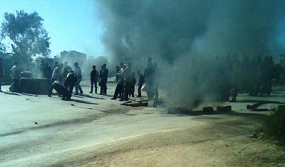 Fermeture de route à Béjaïa, ici en 2011.