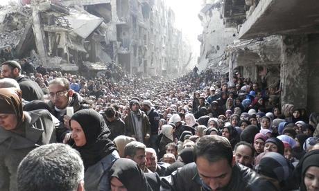 Le désespoir de la population de Yarmouk qui attend des vivres