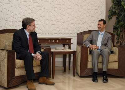 Oliviero Diliberto, secrétaire du Parti des communistes italiens, de 2000 à février 2013, rencontre Bachar el-Assad