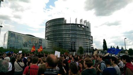 Manifestation à Strasbourg, devant le Parlement, le 29 mai 2014