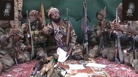 Le leader de Boko Haram, Abubakar Shekau, entouré de sa garde rapprochée