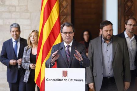 Artur Mas annonce, en décembre 2013, le vote du 9 novembre: la Catalogne doit-elle être un Etat, malgré Madrid?