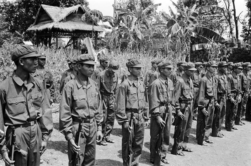 Khmers rouges, qui «résistaient» en 1983... reconnus par les Etats-Unis