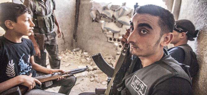 Combattants de l'Armée syrienne libre, Alep, juillet 2013  (Dona_Bozzi / Shutterstock)