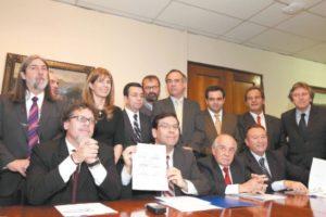 Accord «historique» au Sénat (juillet 2014) entre les divers partis concernant la réforme fiscale