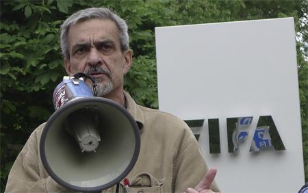 Diid lors de la manifestation devant le siège de la FIRq à Zurich le 29 mai 2014