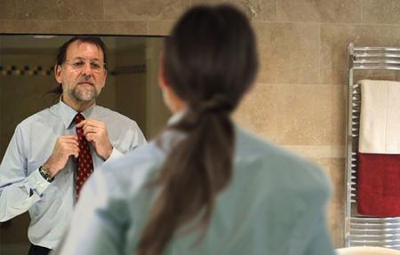 Humour: Rajoy veut-il changer d'image (de dos «l'image» de Pablo Iglesias)
