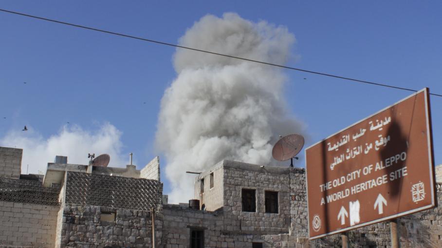 Mai 2014: barils de TNT largés par hélicoptères sur Alep