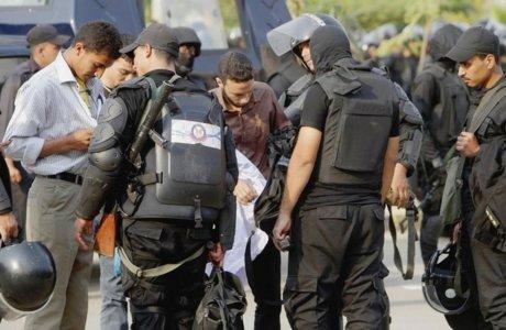 La police, en janvier 2014, sur le campus d'Al-Azhar