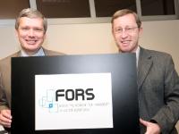 2008: le recteur de l'Unil, Dominique Arlettaz, (à gauche) avec Peter Farago, spécialiste de l'évaluation des «politiques publiques».  En faveur du privé?