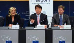 Marine Le Pen (FN), Franz Obermayr (FPÖ), Philip Claeys (Vlaams Belang- Belgique-Flandres)