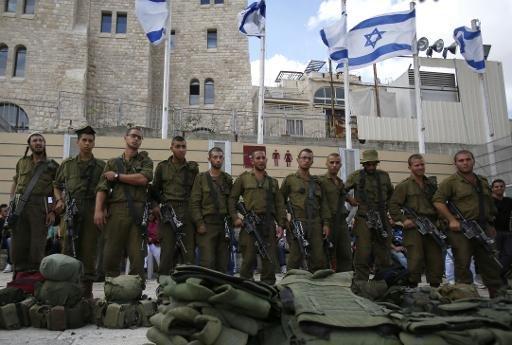 Police israélienne sur l'esplanade d'Al Aqsa