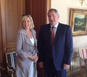 Marine Le Pen reçue par Dmitri Rogozine, vice-premier ministre russe, le 21 juin 2013
