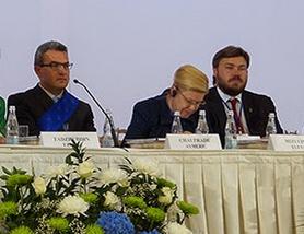 Aymeric Chauprade et Konstantin Malofeev lors du World Congress of Families, le 10 septembre 2014, à Moscou. © Blog du chercheur Anton Shekhovtsov