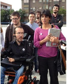 Teresa Rodriguez, à côté de Pablo Echenique