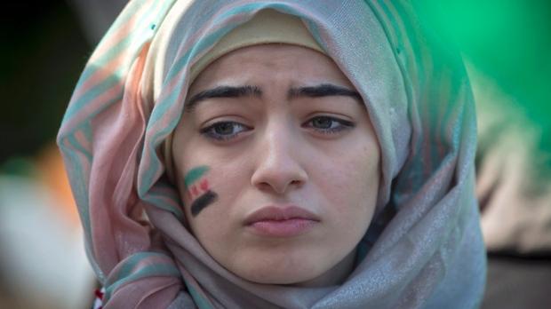 Manifestante syrienne contre la répression du régime, le 19 octobre 2013