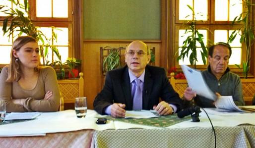 Rue 89, 2 novembre 2014, Jean-Luc Schauffauser, observateur lors des élections séparatistes dans l'est de l'Ukraine: soit dans les deux «républiques» séparatiste de Donetsk et Lougansk